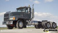 2007 Mack CL733 DAY CAB