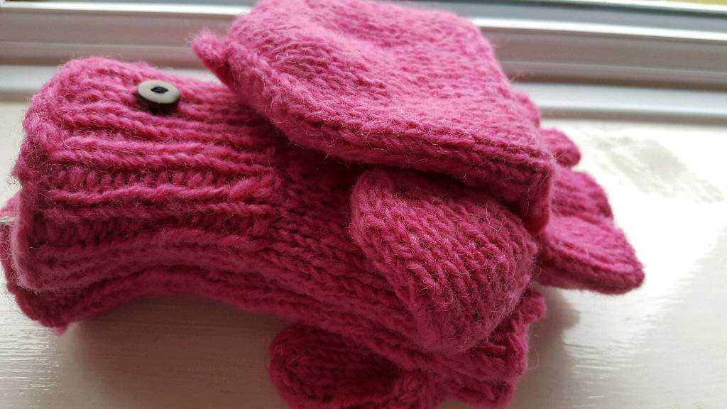 Welsh wool gloves