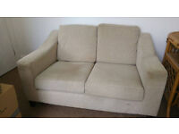 £80 URGENT! Small cosy sofa in good condition. Newly acquired by second hand but no usage