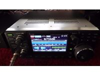 ICOM 7300 BOXED AS NEW CONDITION