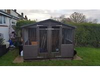 Double wooden Kennel 8 x 8