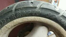 Moped wheel and tyre
