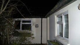 2 Bedroom detatched bungalow to let