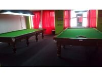 2 Snooker tables