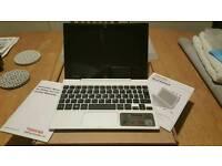 Toshiba satellite click mini L9w-B like New