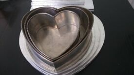 Selection of Cake Tins and decorating/presentation equipment...