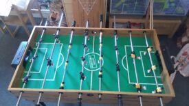 Games table, pool, table football, etc.