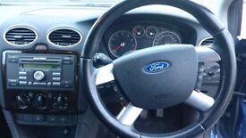 Ford focus ghia - £550
