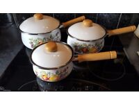 Johnsson brothers swan fresh fruit pans