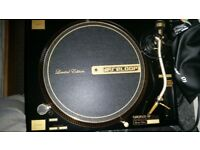 Reloop RP 7000GLD gold edition