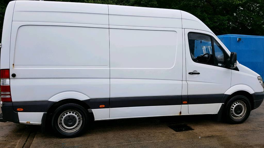 Mercedes sprinter mwb highroof