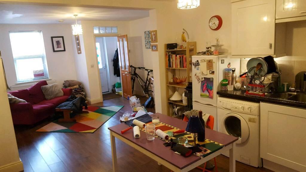 1 Spacious Bedroom Flat For Rent In Bristol Gumtree