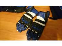 Motorcycle gloves size M