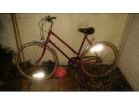 vintage ladies red hercules 20 inch frame bike 3 speeds 700mm wheels