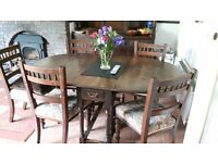 Solid oak table with 6 chairs vgc ..extendable