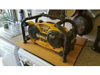 Dewalt dc011 digital site radio +12v battery 240v working order