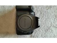 Canon eos 550D DSLR digital camera