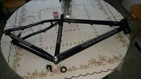 19 inch mountain bike frame £30