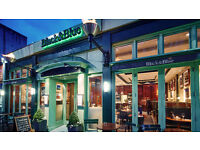 Full-time waiter/waitress required for busy London restaurant in Notting Hill