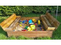 XL wooden sandpit
