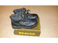 Beaver Ladies Safety Shoes Boots Size 6 , BRAND NEW!