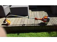 Top quality oleo mac petrol strimmer in excellent condition