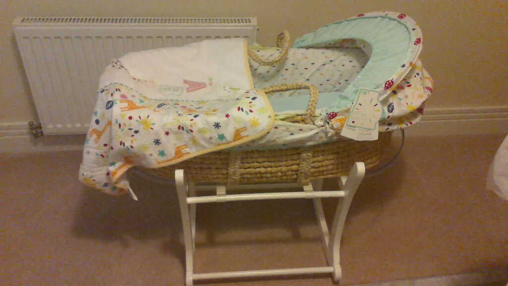 Never used Mothercare moses basket with rocking stand