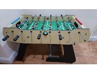 Great sturdy football table! (foosball /fuseball)