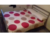 Large double room available in a quiet house situated in Gt Shelford