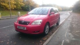 £1400 ONO, COROLLA T SPORT, 6 SPEED, 5 DOOR WITH REVERSE CAMERA FITTED. BUILT IN SAT NAV HEAD UNIT.