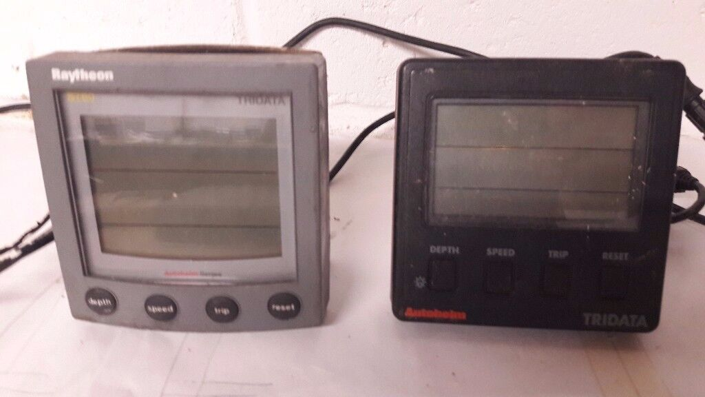 Autohelm ST60 tridata instrument panel with wiring and repater unit