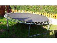 trampoline + enclosure 10 ft