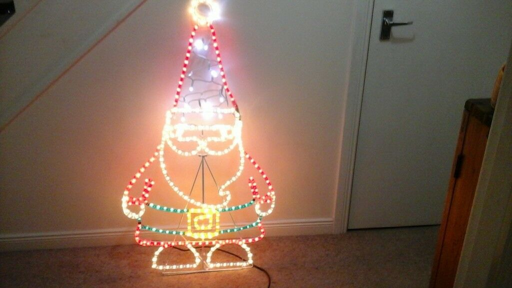 LARGE LIGHT UP SANTA, INDOOR OR OUTDOOR USE. (FROM B&Q