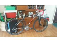Gt road / hybrid bike