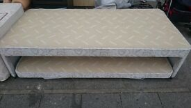 SINGLE BED WITH EXTRA PULL OUT BED EXCELLENT CONDITION