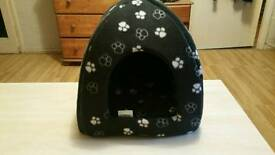 Cat or small dog house brand new quick sale