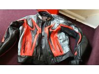 leather armoured motorbike jacket size m-l (46)