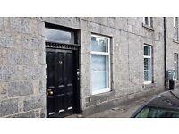 Room to LET in the centre of Aberdeen. NO UPFRONT FEES OR DEPOSIT!