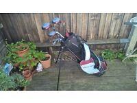 Wilson Deep Red Junior golf club & bag set