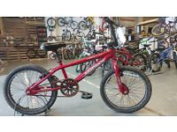 BOYS GIRLS APOLLO MX20.1 BMX BIKE
