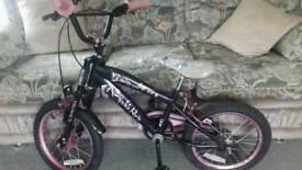 "Girls lovely Black frame bicycle 16"" wheels"