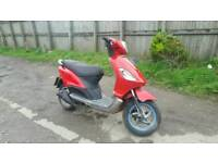Piaggio fly 125 scooter moped 11 month mot runs and drives good