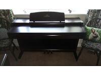 Yamaha Calvinova CLP-840 digital piano,