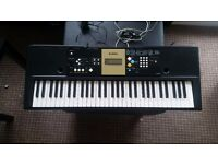 Yamaha YPT-220 Portable Keyboard for sale - Barely used