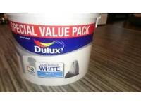 PAINT DULUX MATT WHITE 7.5L