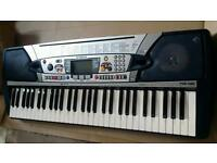 Yamaha PSR-280 Piano Keyboard (61 Touch Response Keys )