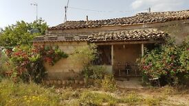 Rustic Property for sale or rent in Sicily