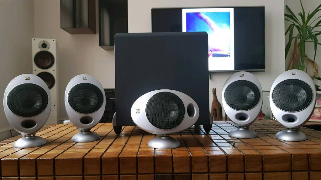 Boxed!!!! Kef eggs 2000 series 5x KHT2005 Speakers + PSW2000 Subwoofer. | in Arnold, Nottinghamshire | Gumtree