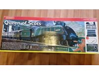 Hornby Train Set - Queen of Scots Engine and others