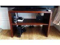 *** Beautiful solid wood sideboard /bedside table ***